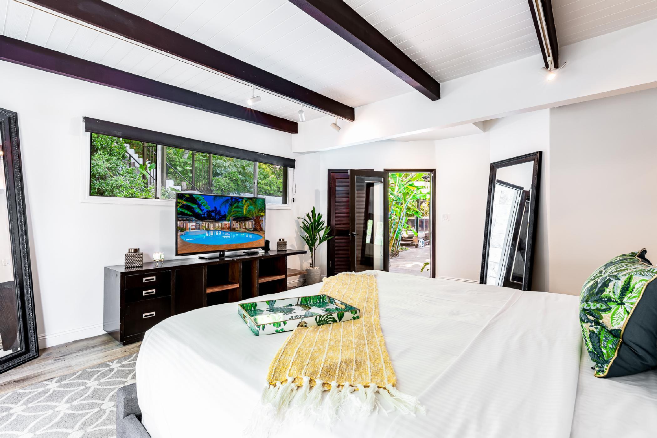 Hollywood Resort Villa