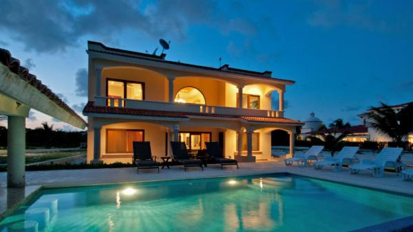 Villa Carolina