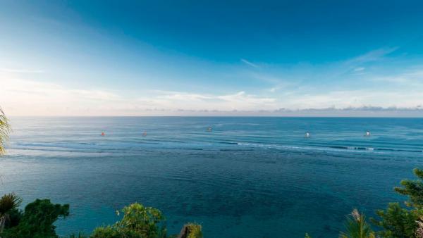 Sohamsa-Estate-Expansive-ocean-vista.jpg