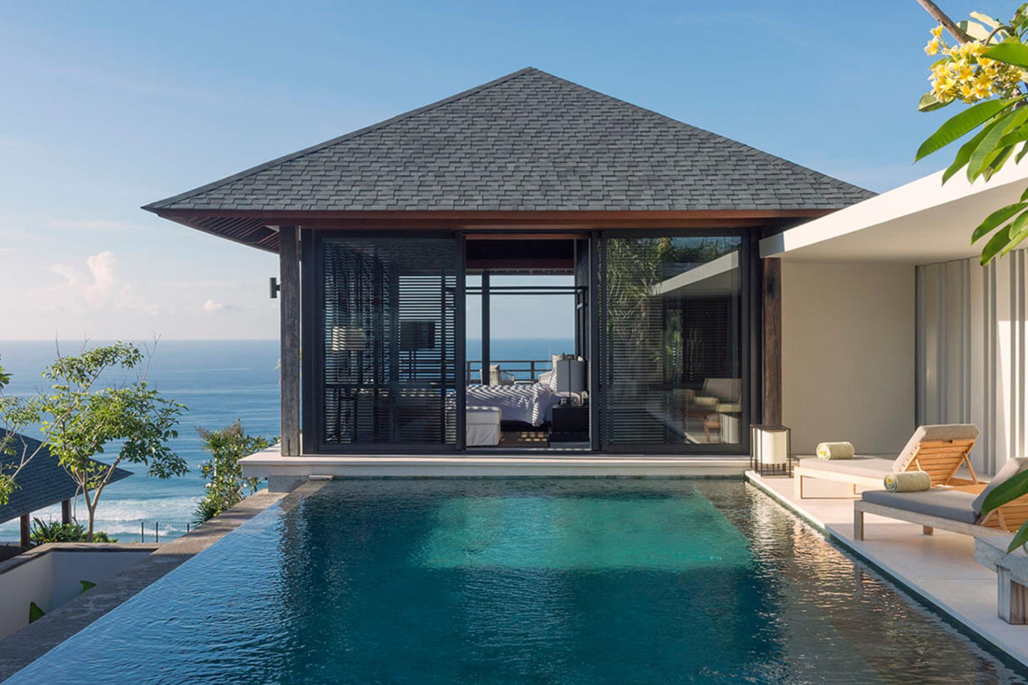 Sohamsa-Estate-Villa-Hamsa-Master-bedroom-pool-view.jpg