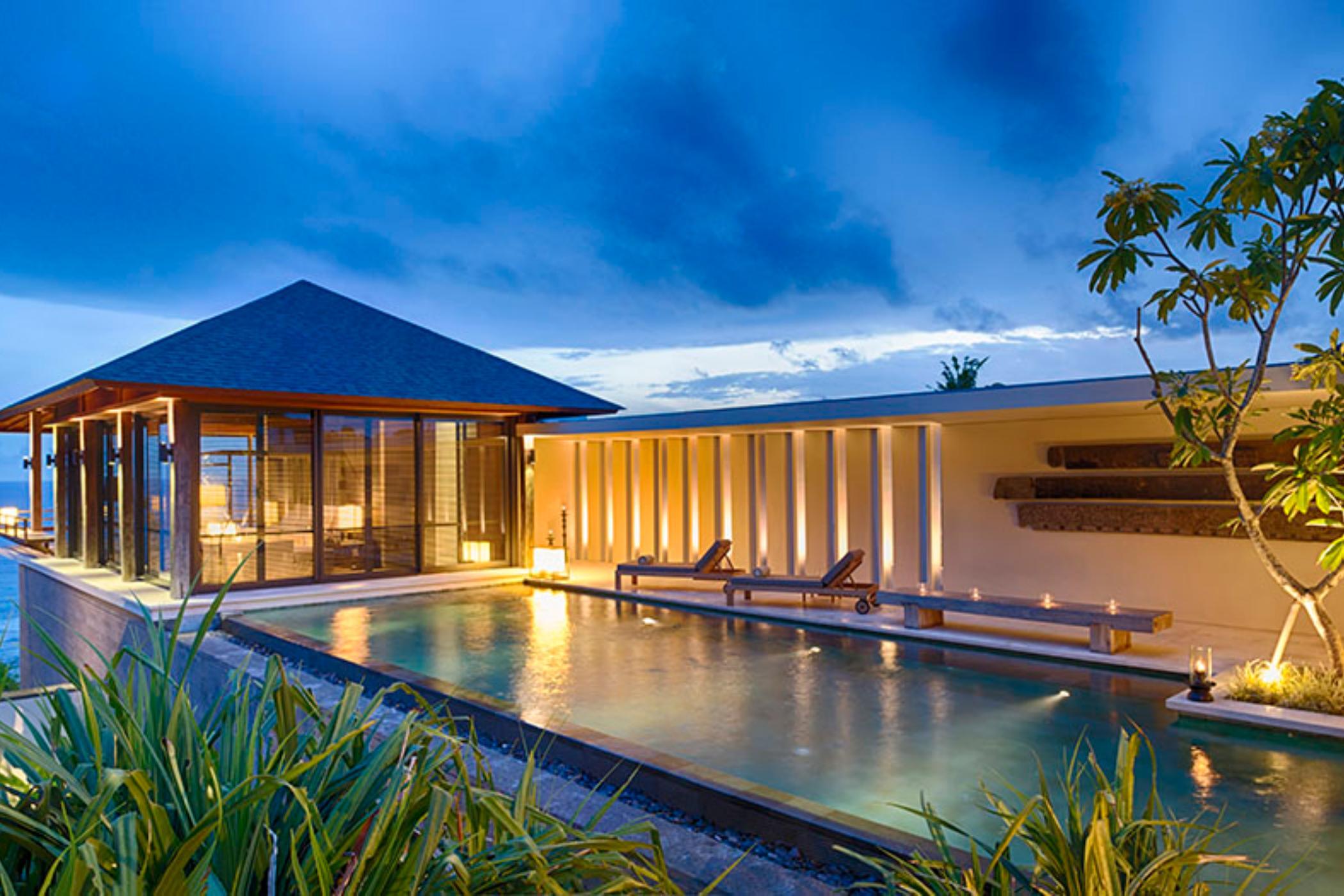 Sohamsa-Estate-Villa-Hamsa-Pool-area-ambience.jpg