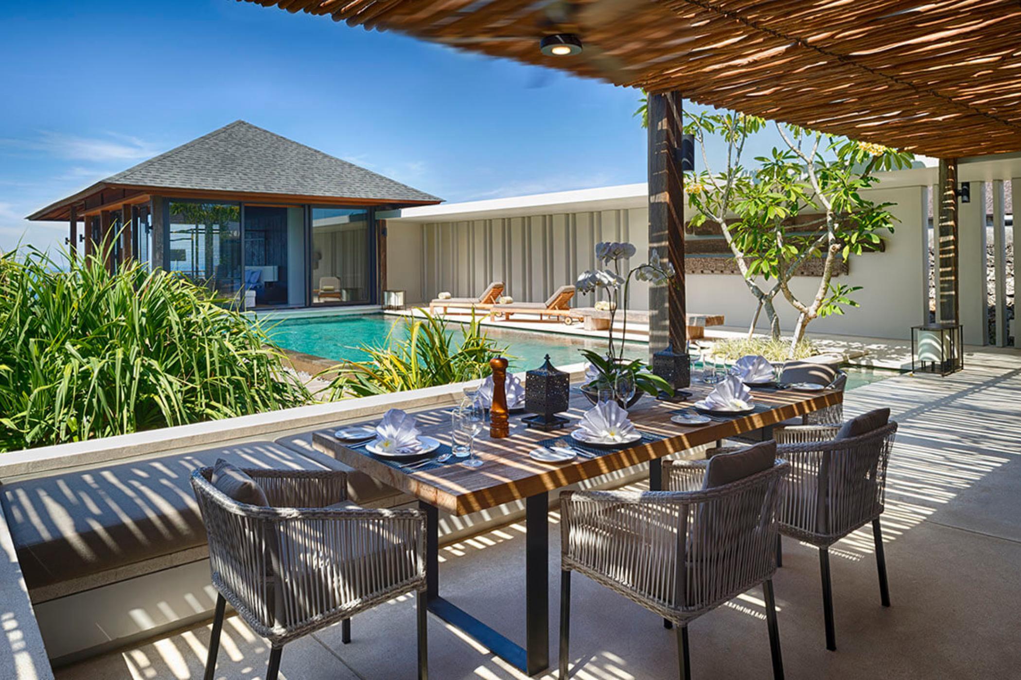 Sohamsa-Estate-Villa-Hamsa-Outdoor-dining-with-a-view.jpg