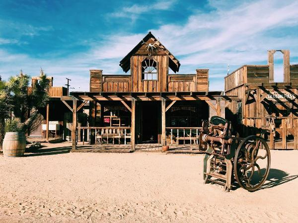 Awesome Stuff To Do In Palm Springs - Pioneertown