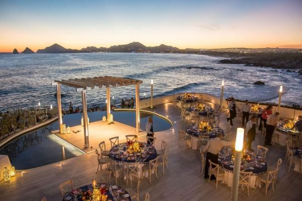Sunset Mona Lisa - Restaurant in Cabo San Lucas