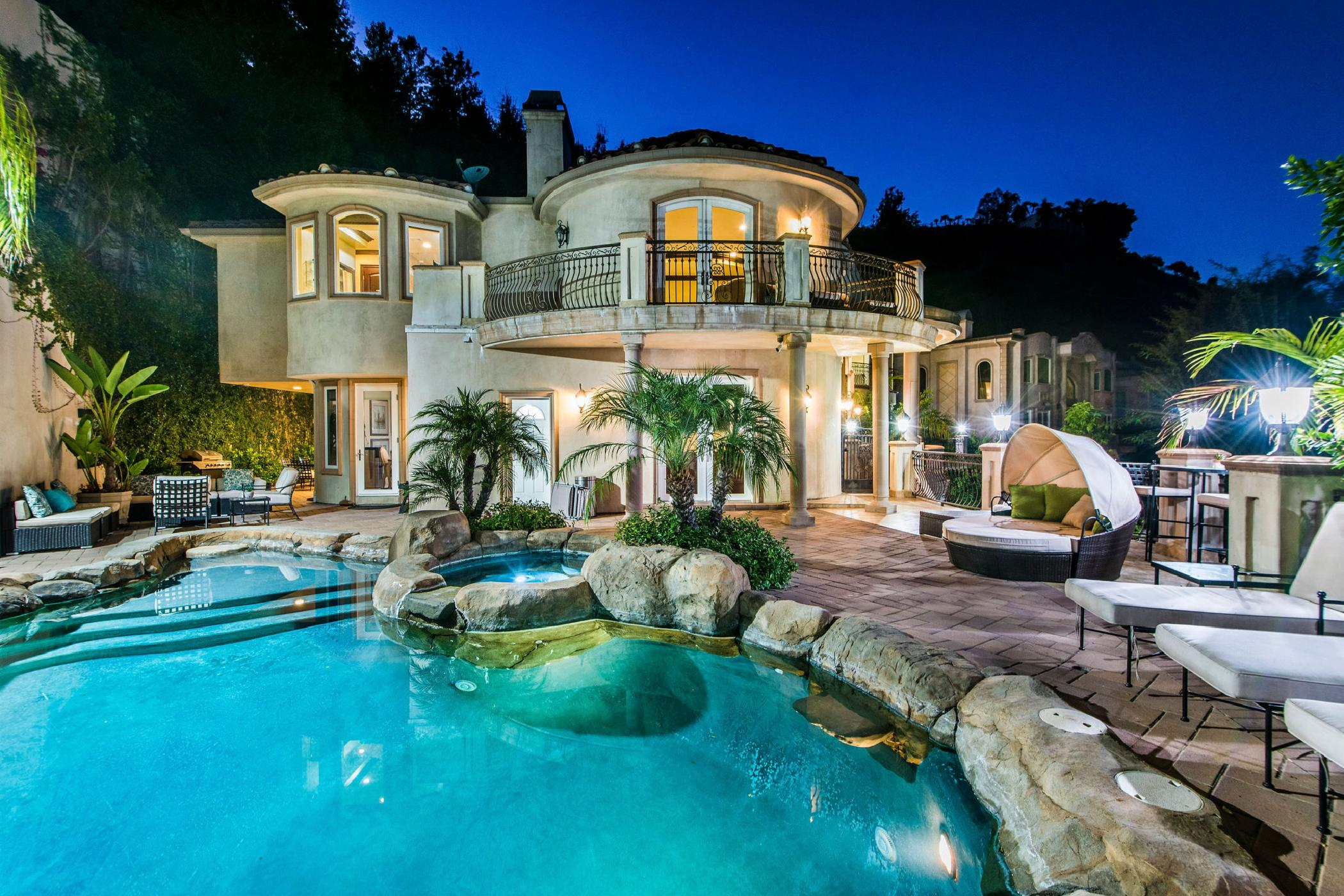 Robmar Beverly Mansion