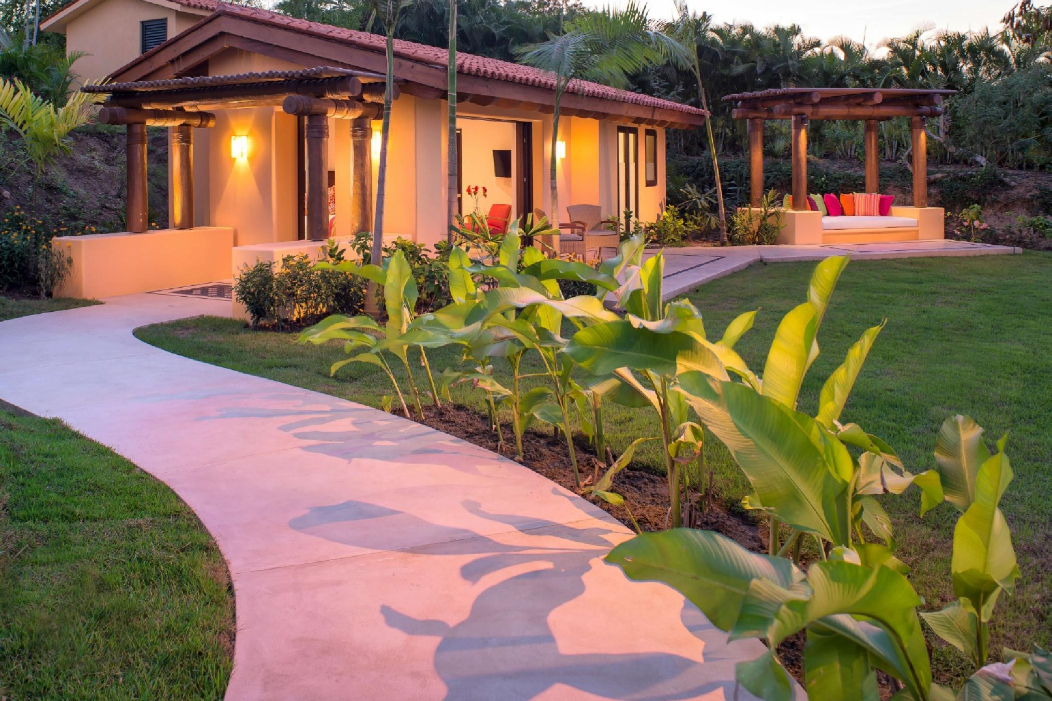 A private casita close to the beach is the perfect romantic getaway.