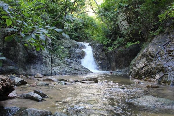 waterfall at Colomitos