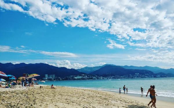 Playa Camarones