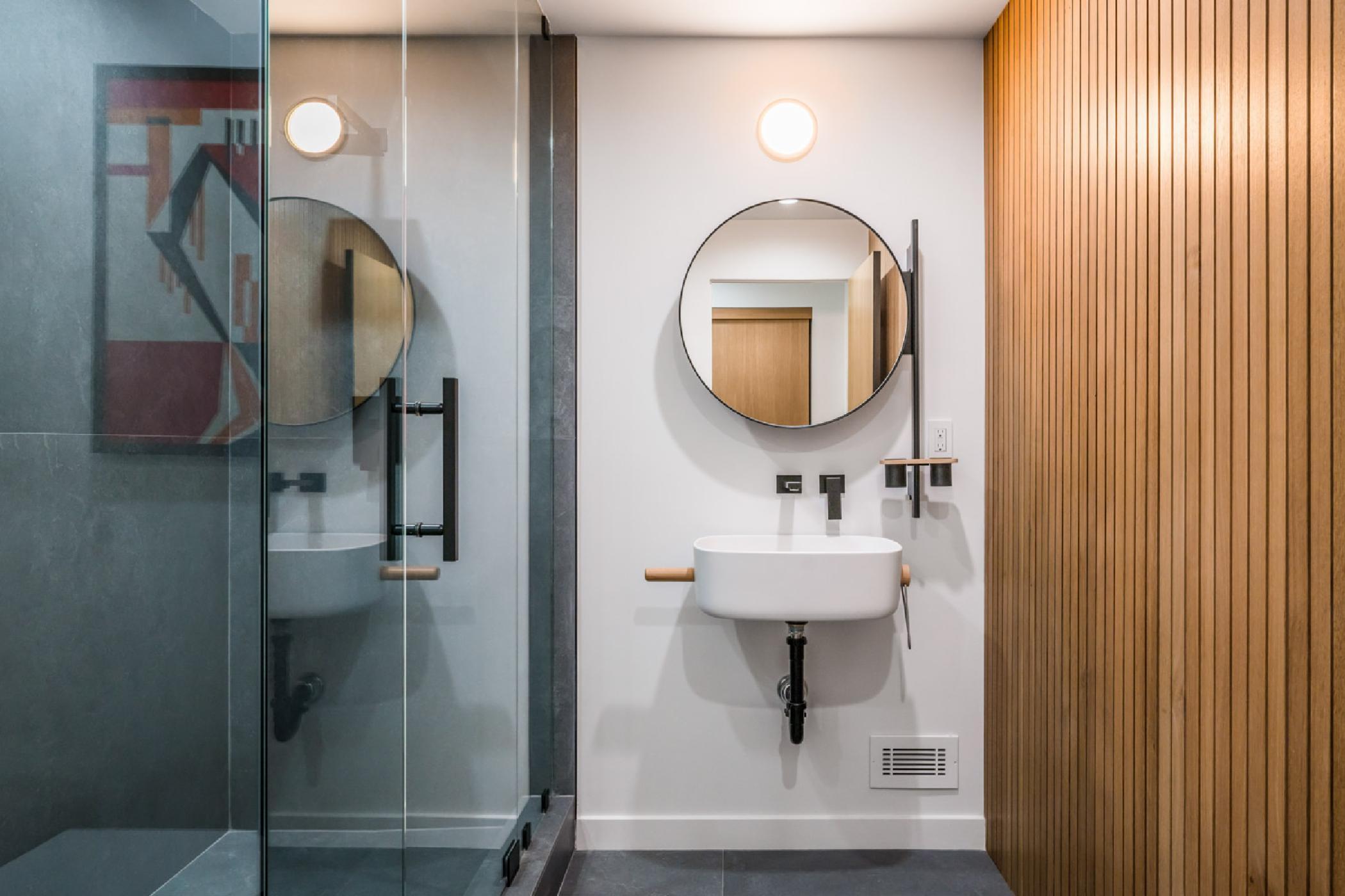Lowerfloor-3bedroom-Bath.jpg