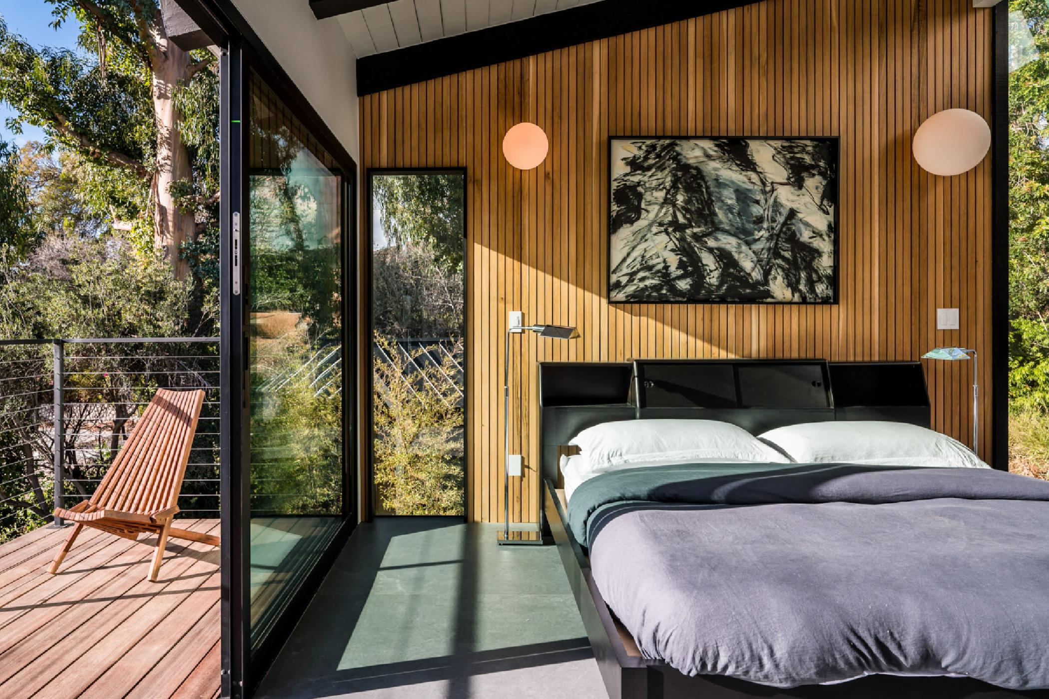 Master-bedroom-balcony.jpg