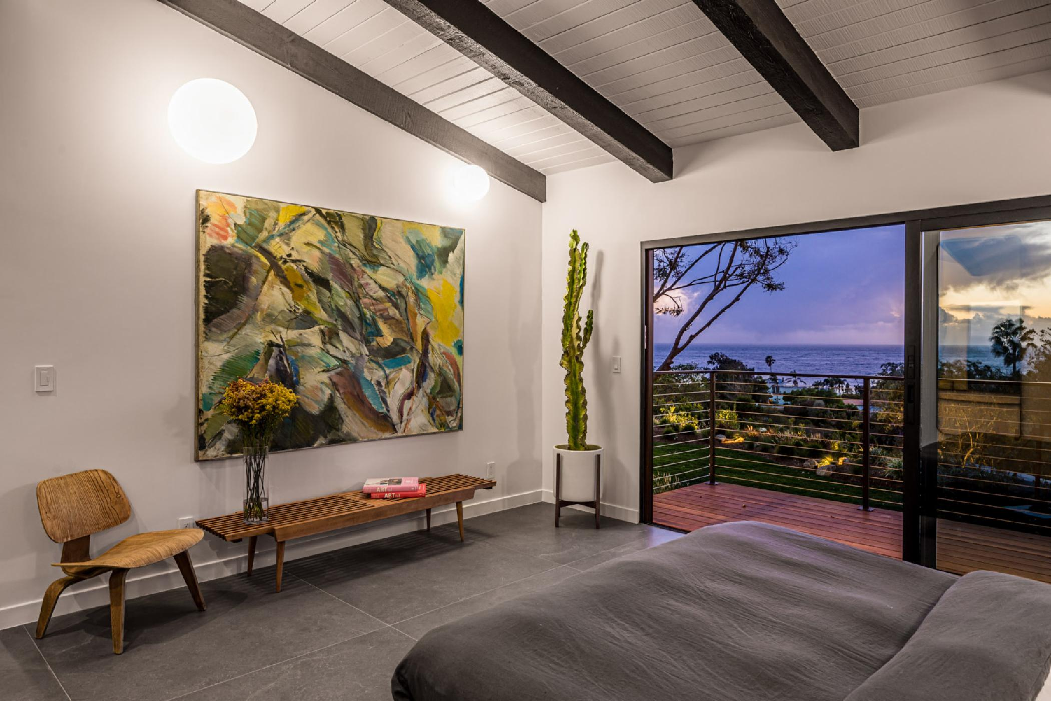 Master-bedroom-night.jpg