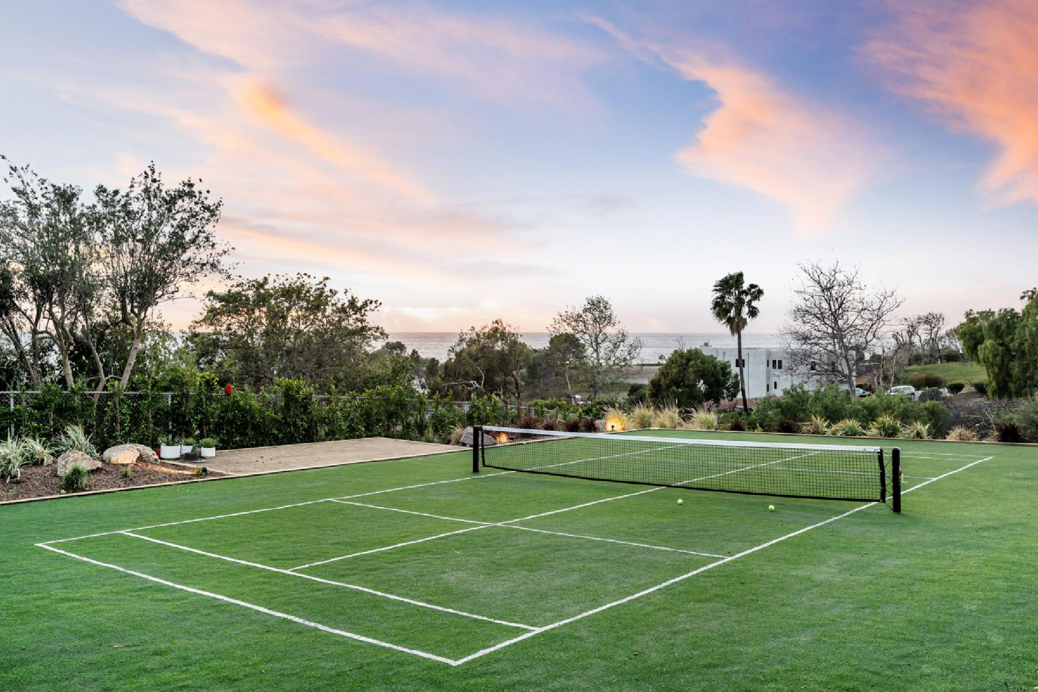 Tennis-court2.jpg