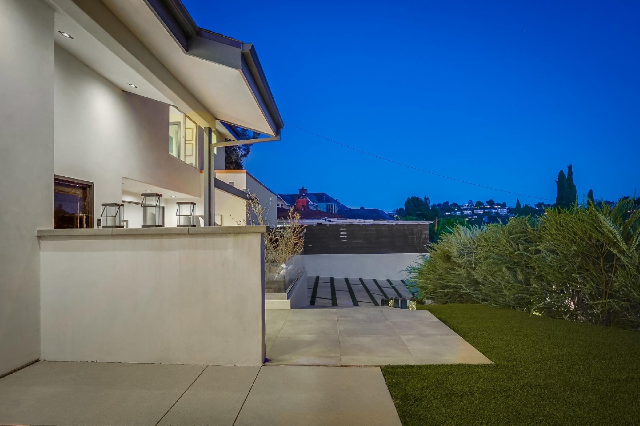 Modern Hills View Villa