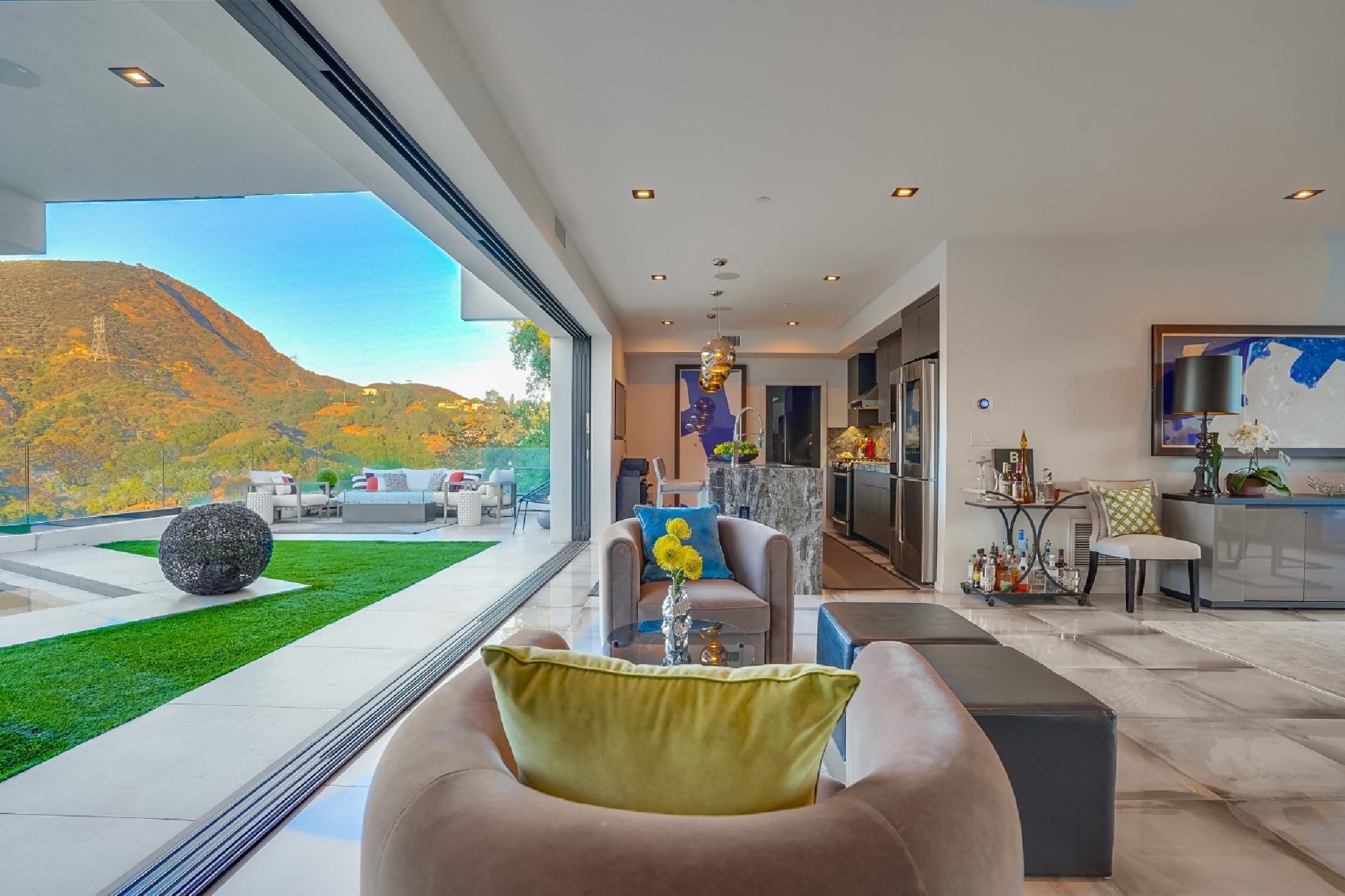 Modern Hills View (38).jpg