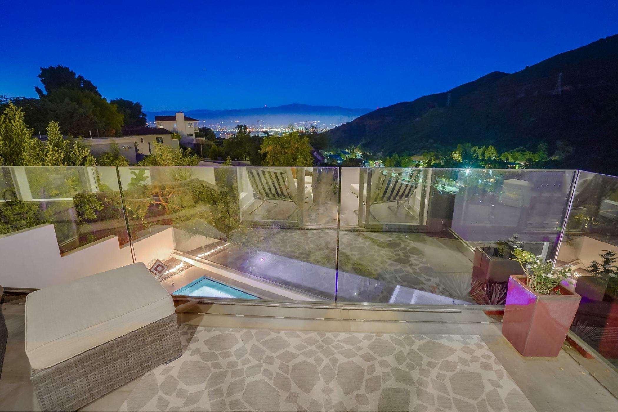 Modern Hills View (72).jpg