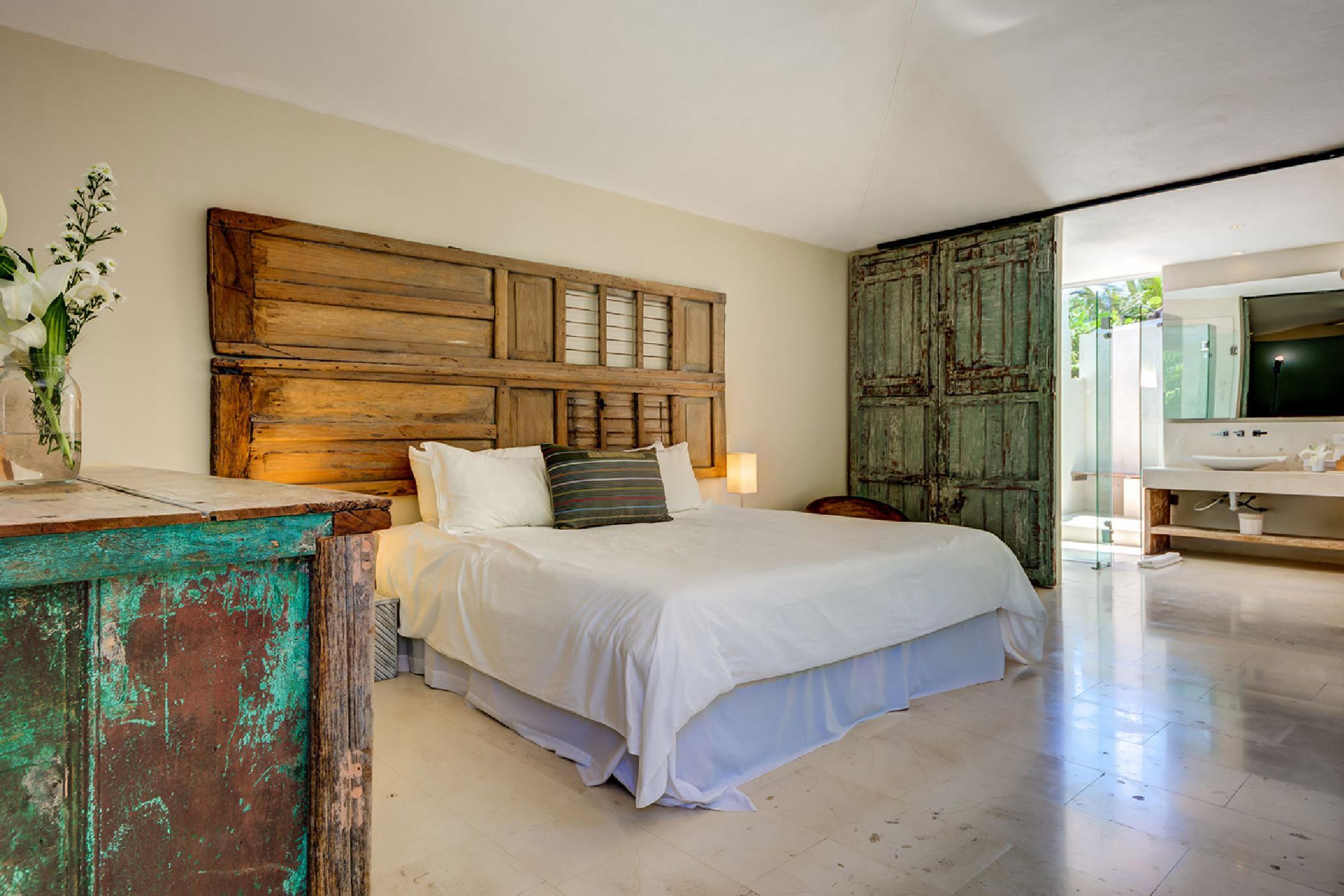 Maya_Luxe_Riviera_Maya_Luxury_Villas_Experiences_Puerto_Aventuras_5_Bedrooms_Zacil_Na_19.jpg