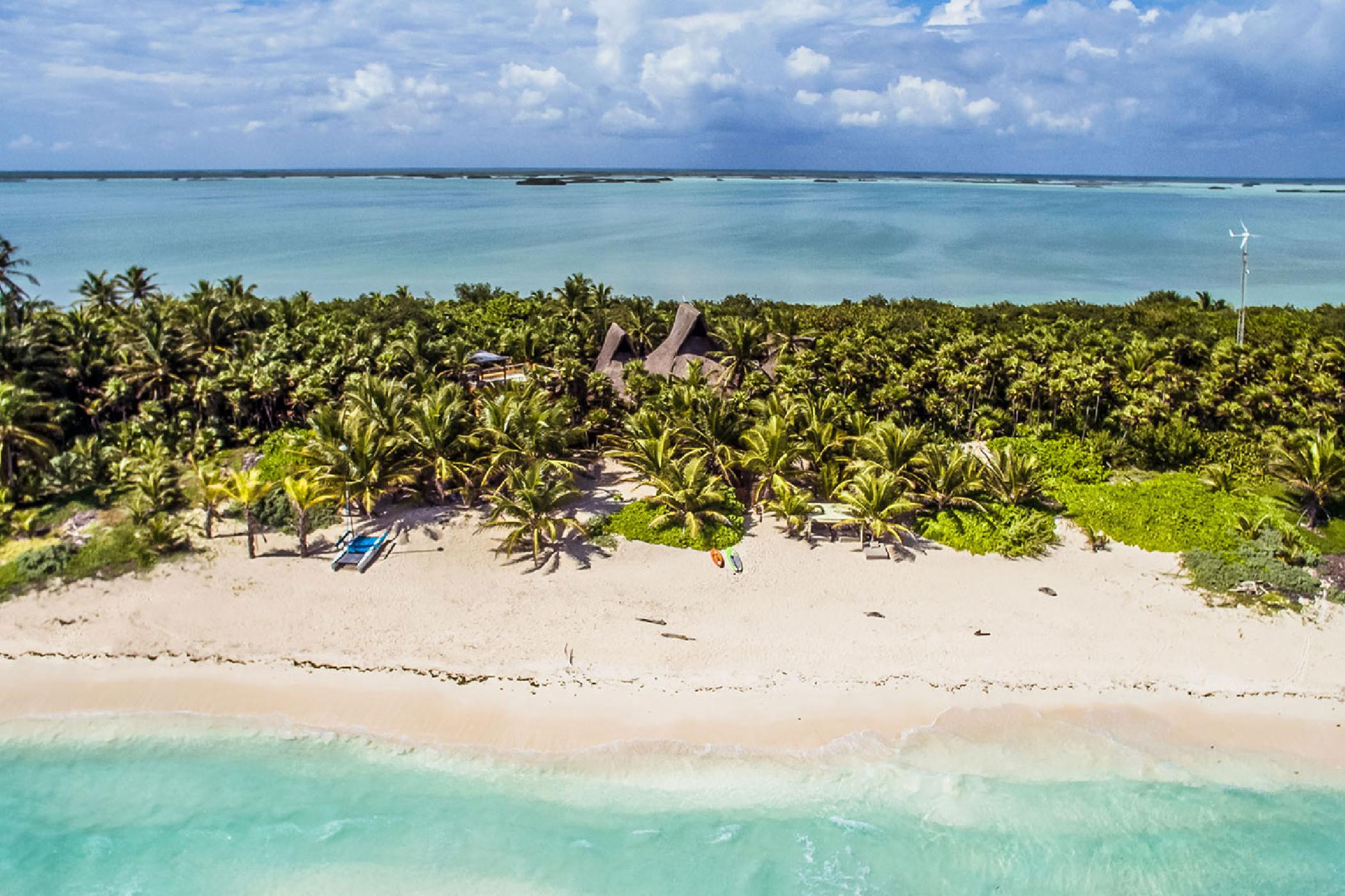 Sian Ka'an 5 BDR eco-friendly luxury estate; swim to reef from private beach, kayak to Mayan canals from lagoon