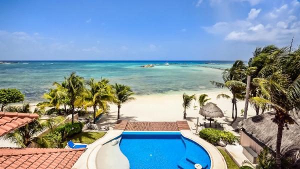 Grand Puerto Aventuras 4 suite oceanfront estate; plunge pool, private jacuzzi, rooftop bar