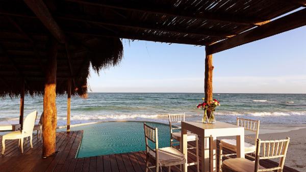 Maya_Luxe_Riviera_Maya_Luxury_Villas_Experiences_Hotel_Zone_Tulum_Beach_5_Bedrooms_Casa_Palapa_6.jpg
