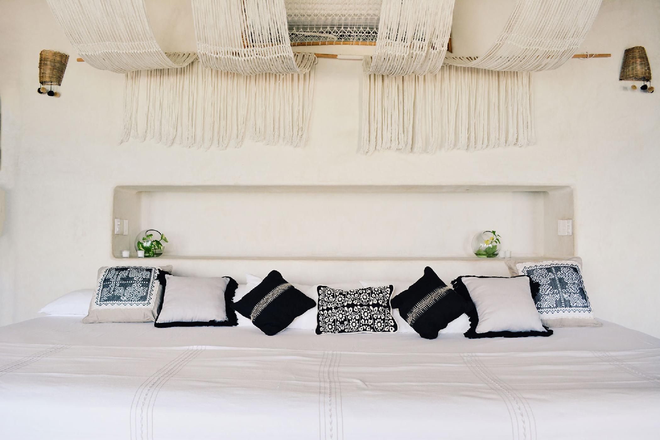 Maya_Luxe_Riviera_Maya_Luxury_Villas_Experiences_Hotel_Zone_Tulum_Beach_5_Bedrooms_Casa_Palapa_14.jpg