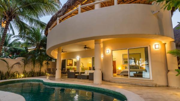 Maya_Luxe_Riviera_Maya_Luxury_Villas_Experiences_Soliman_Bay_5_Bedrooms_Moonstar_2.jpg