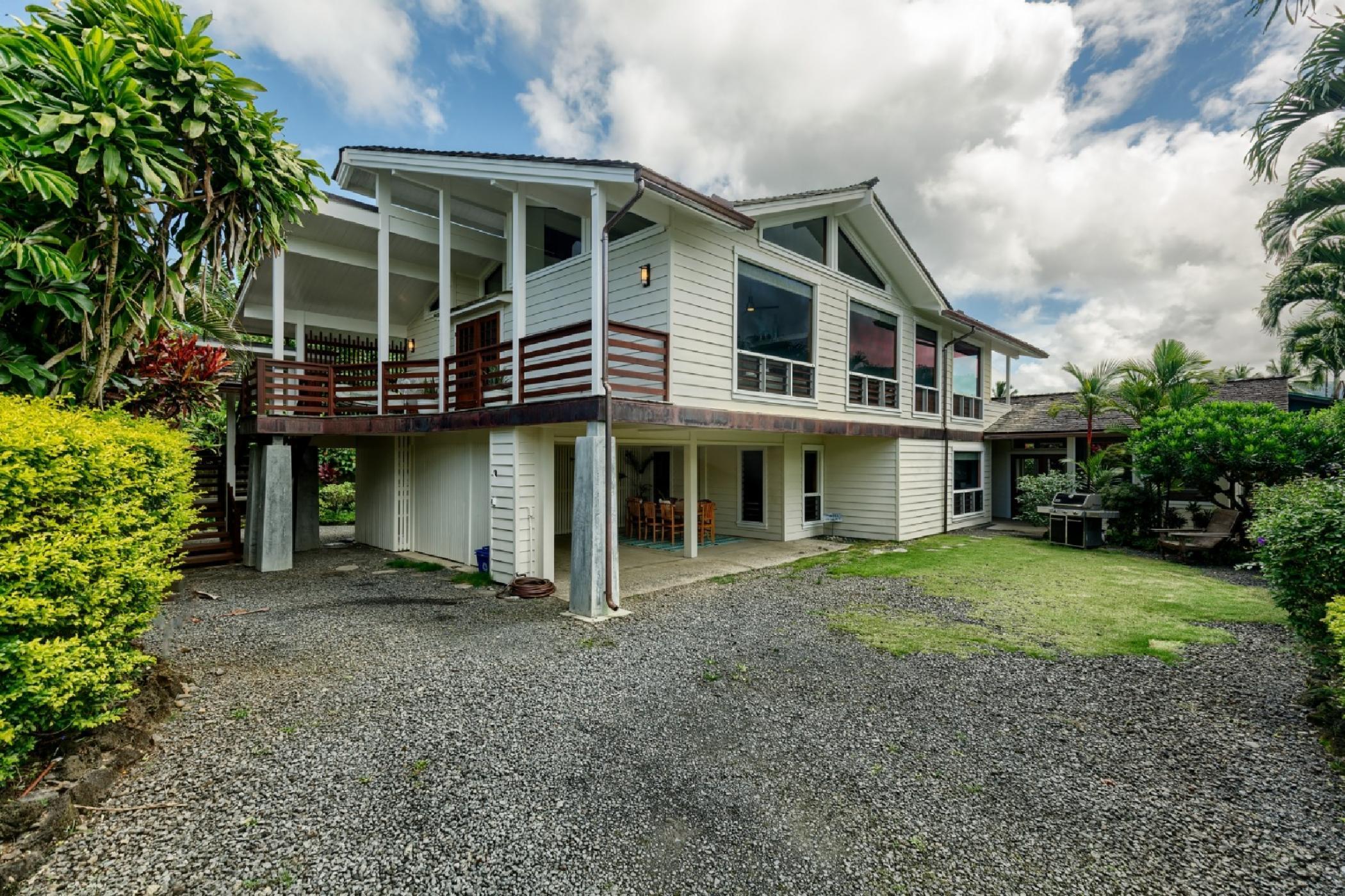 Hale Aku in Hanalei Vacation House