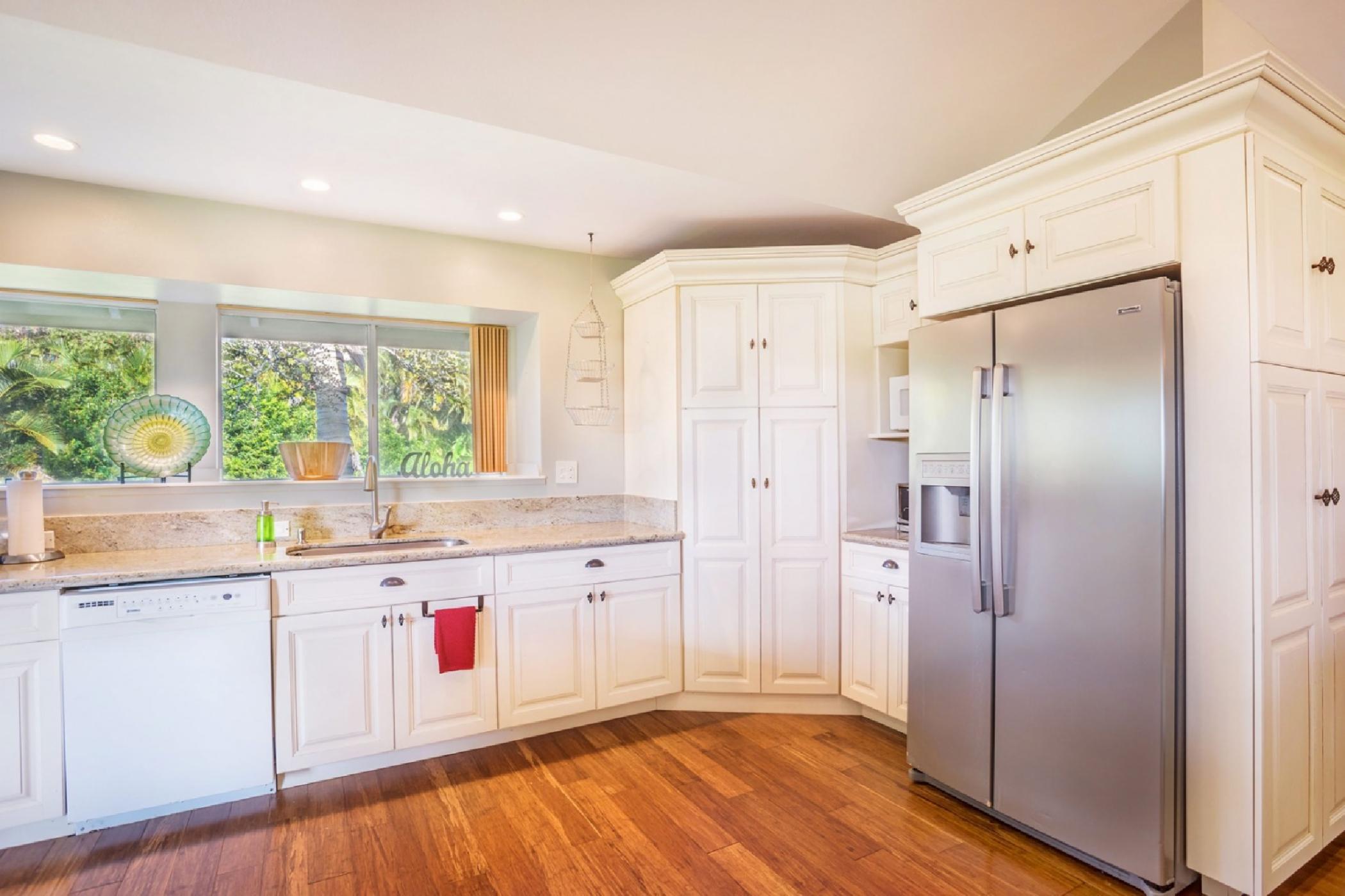 kitchen-fridge-and-sink.jpeg