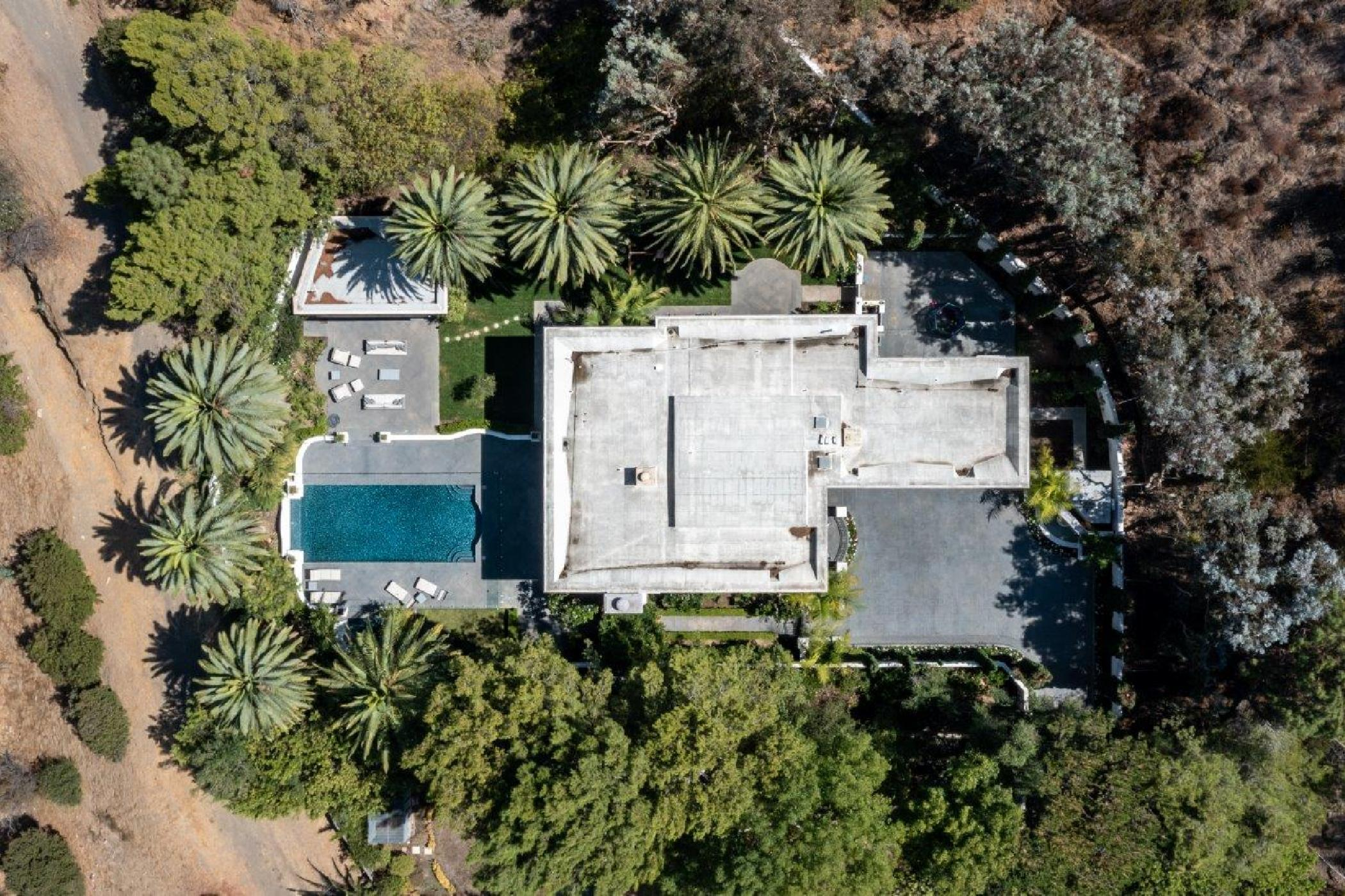 Beverly Hills Mountain Escape (45).jpg