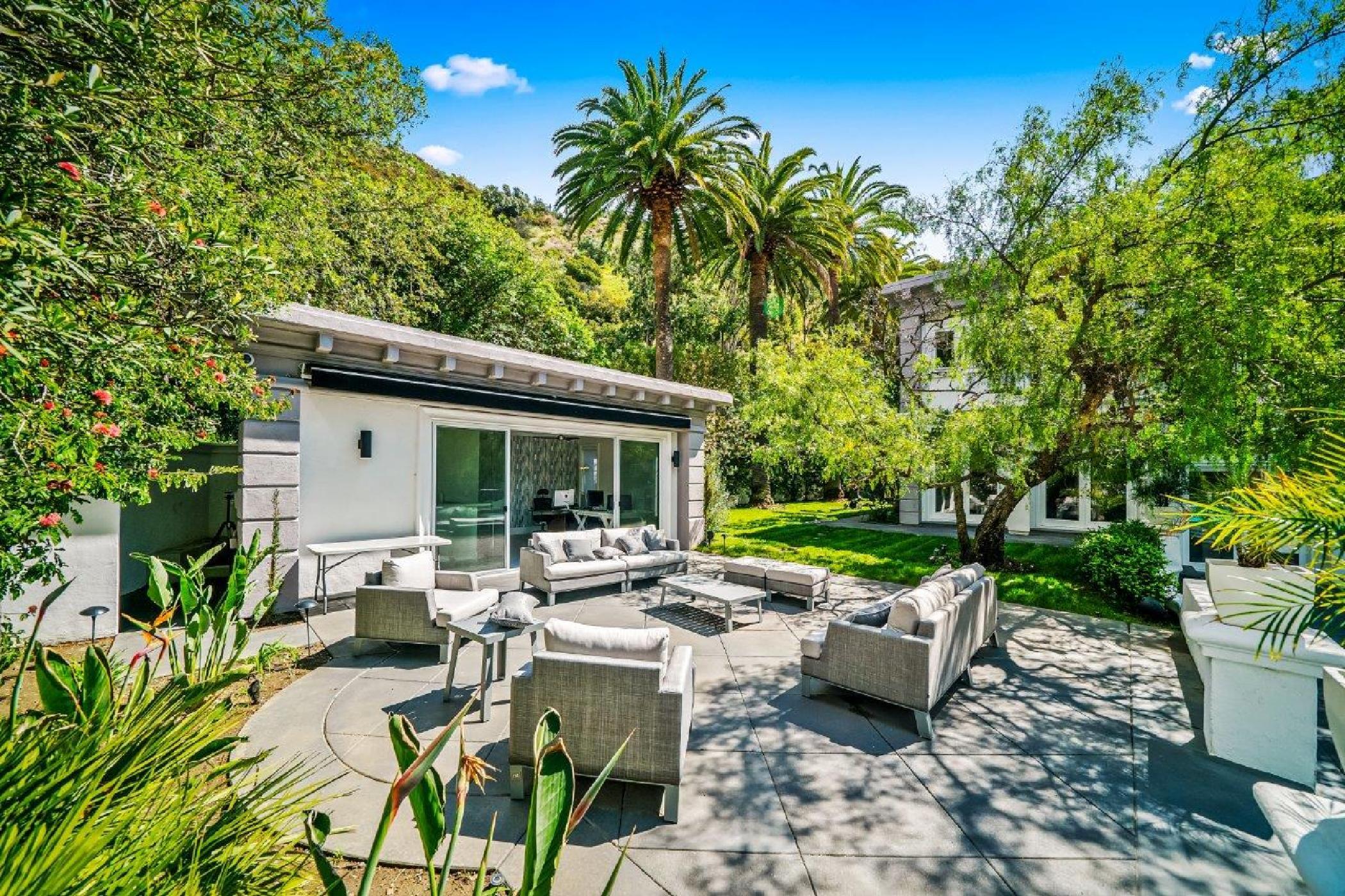 Beverly Hills Mountain Escape (39).jpg