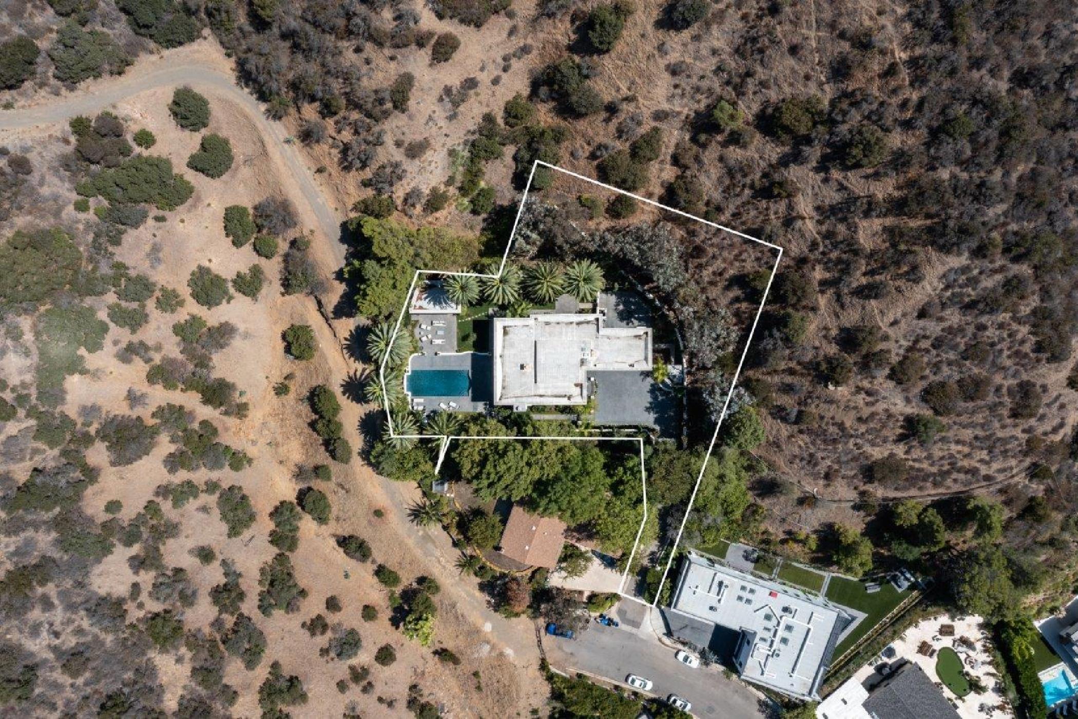 Beverly Hills Mountain Escape (46).jpg
